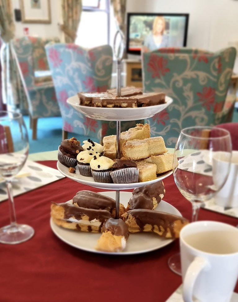 Devonshire-carehome-afternoon-tea
